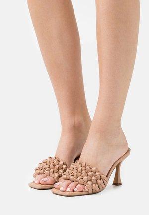 MULTIKNOT - Sandaler - beige