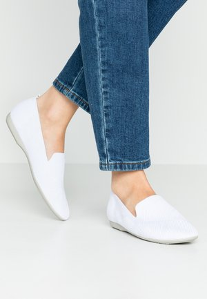 Nazouvací boty - white