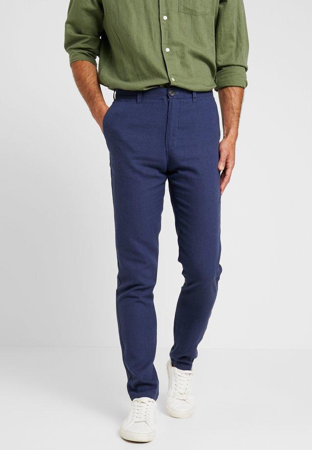 PANT BASICO - Trousers - blue