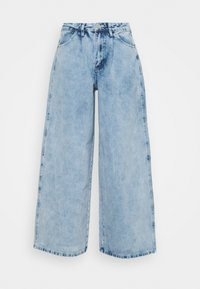 Missguided Petite - BAGGY BOYFRIEND - Relaxed fit jeans - light blue - 0