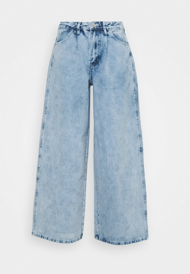 BAGGY BOYFRIEND - Relaxed fit jeans - light blue