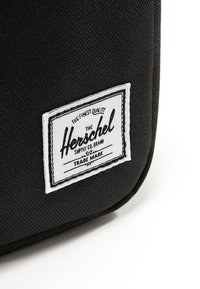 Herschel - CHAPTER - Wash bag - black - 5