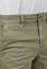 Solid - RON - Denim shorts - dusty olive - 3