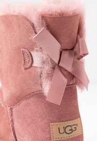 UGG - MINI BAILEY BOW - Bottines - pink - 2