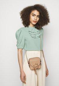 See by Chloé - JOAN Joan camera bag - Across body bag - coconut brown - 1