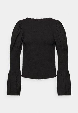 Long sleeved top - black