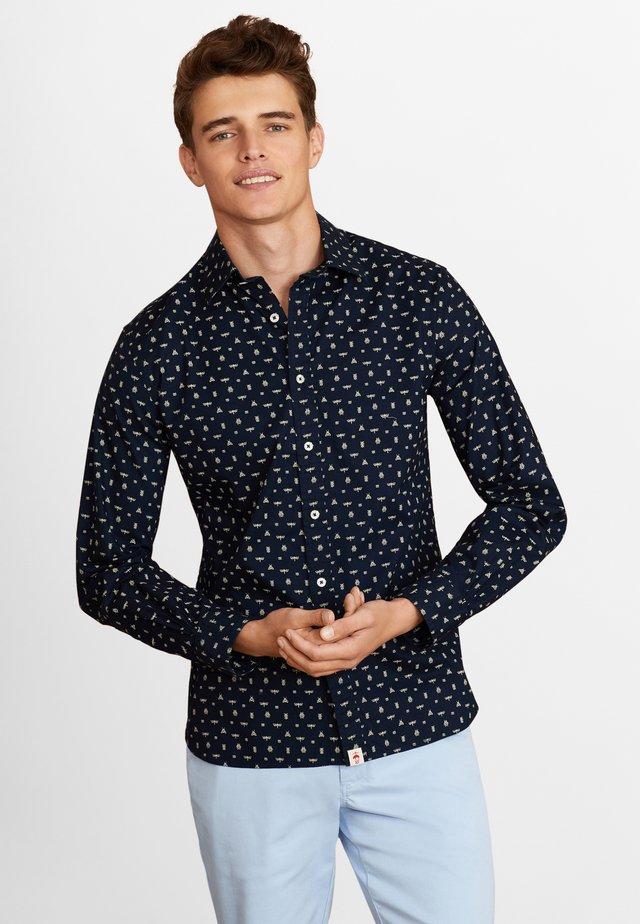 Shirt - open blue