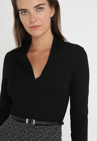 Anna Field - Shift dress - offwhite/black - 3
