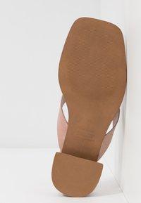 Topshop - VERSE TOE POST - Sandály s odděleným palcem - blush - 6