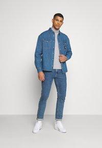 Calvin Klein Jeans - OVERSIZED SHIRT - Overhemd - mid blue - 1