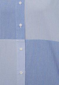 PULL&BEAR - Button-down blouse - blue - 6
