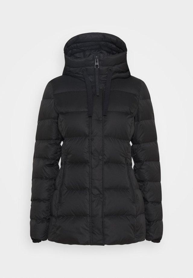 SHORT FILLED FIX HOOD ZIPPER POCKETS - Gewatteerde jas - black