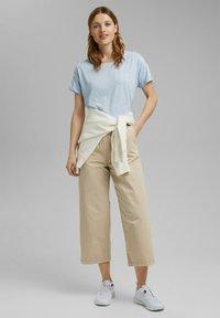 Esprit - PER COO CLOUDY - Basic T-shirt - light blue - 1
