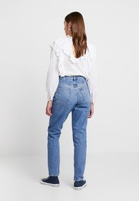 Topshop - MOM NEW - Relaxed fit jeans - blue denim - 2