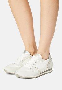 Peter Kaiser - DAYTON - Sneakers laag - white - 0