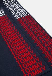Tommy Jeans - LOGO TAPE SCARF - Bufanda - blue - 2