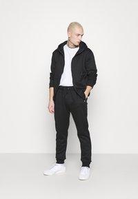 Brave Soul - LANISTER - Zip-up hoodie - jet black - 1