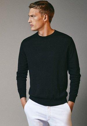 MIT RUNDAUSSCHNITT - Sweatshirt - black