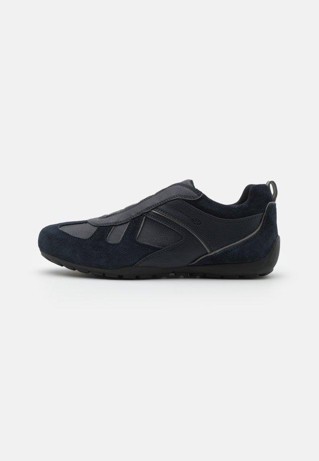 LALEGGENDA - Sneakers laag - dark blue