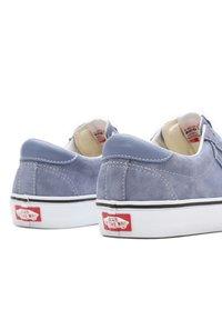 Vans - UA VANS SPORT - Sneakers basse - tempest blue/true white - 3