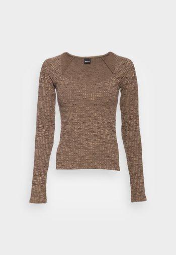 SANNE  - Long sleeved top - brown