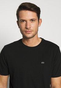 GAP - CREW 2 PACK - T-shirt basic - black - 3