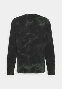 Champion Rochester - CREWNECK - Sweatshirt - black - 1