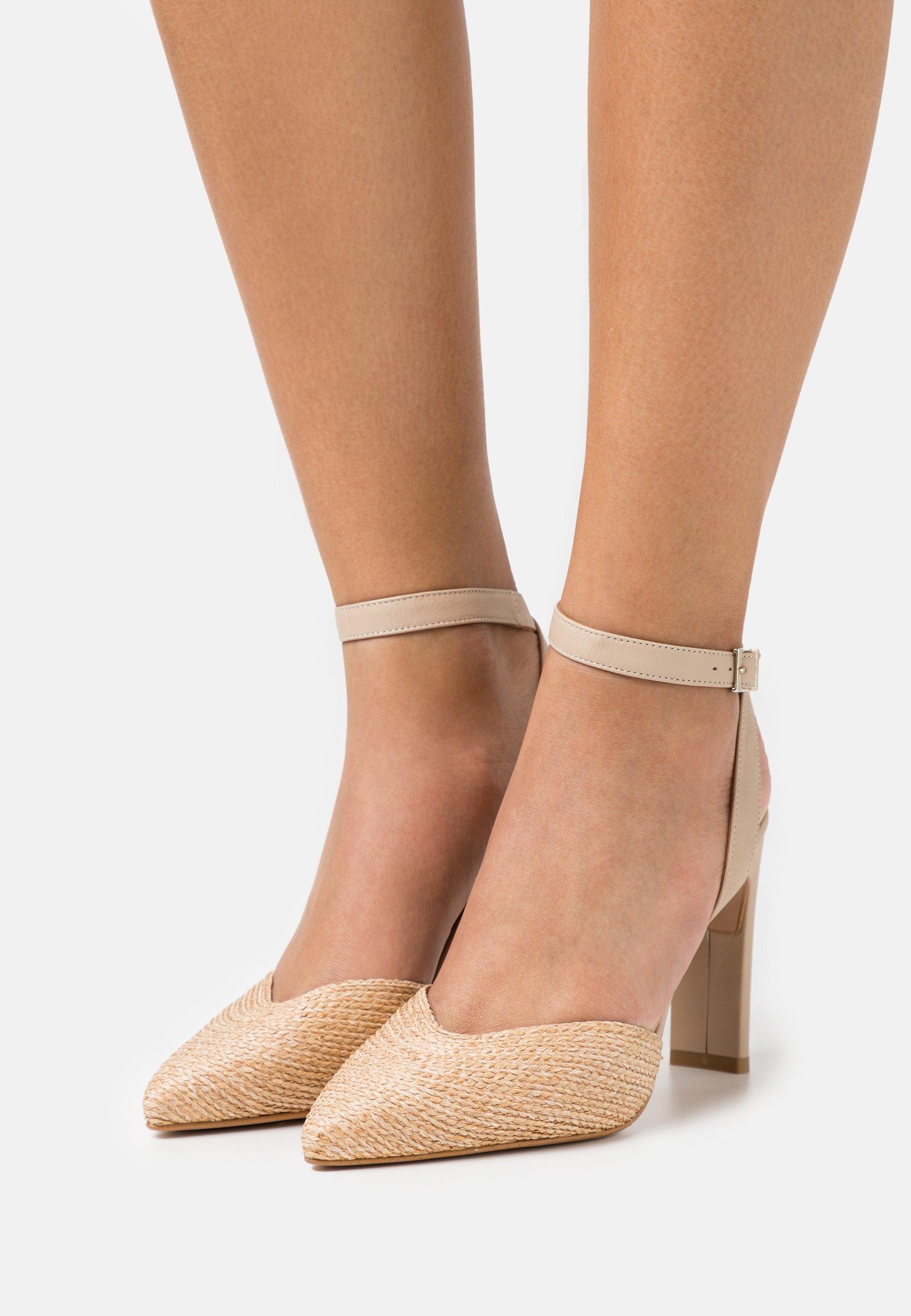 Women Classic heels - dream/skin
