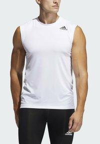 adidas Performance - SL TECHFIT AEROREADY PRIMEGREEN SPORTS SLEEVELESS T-SHIRT - Top - white - 3