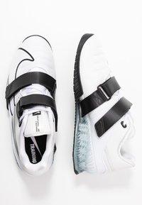 Nike Performance - ROMALEOS UNISEX - Treningssko - white/black - 1