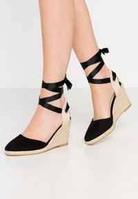 Miss Selfridge - WINNY ANKL TIE  - High heeled sandals - black - 0