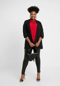 New Look Curves - PRINT - Skjortebluser - red - 1