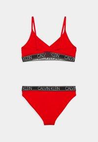 Calvin Klein Swimwear - TRIANGLE SET - Bikini - fierce red - 1