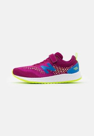 YAARIIP3 UNISEX - Neutral running shoes - purple