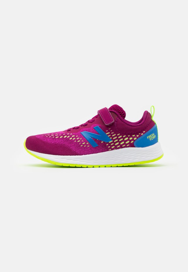 YAARIIP3 UNISEX - Neutrální běžecké boty - purple