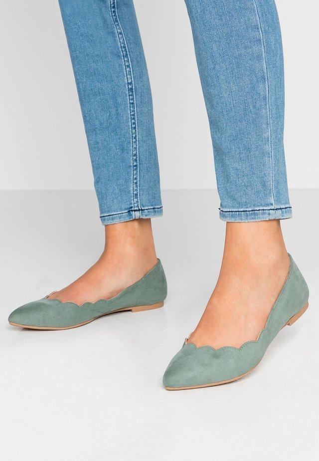 Ballet pumps - mint