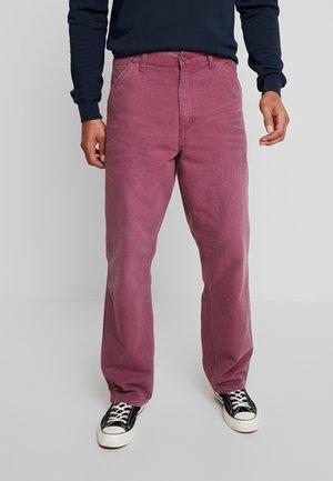 DEARBORN SINGLE KNEE PANT - Trousers - dusty fuchsia aged