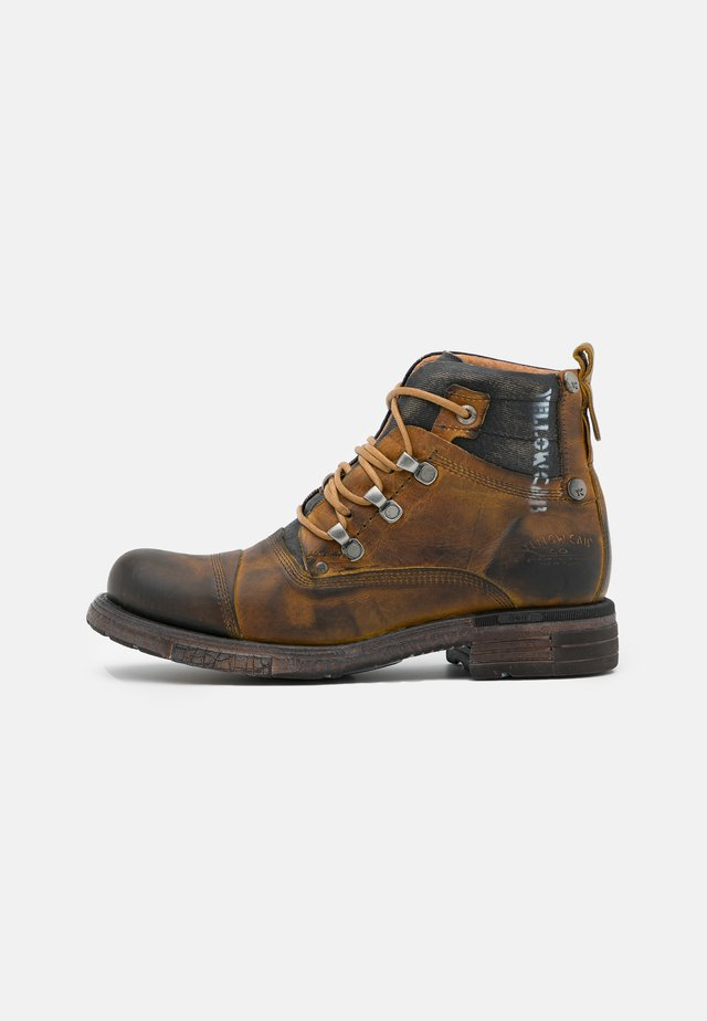 UTAH - Veterboots - dark yellow