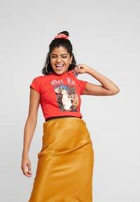 NEW girl ORDER - GET LIT - T-shirt med print - red - 0