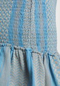 CECILIE copenhagen - JUDITH - Pletené šaty - blue - 5