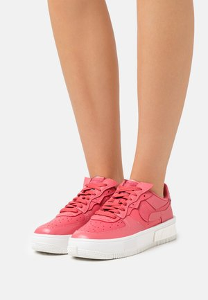 AIR FORCE 1 FONTANKA - Trainers - archaeo pink/summit white/sail
