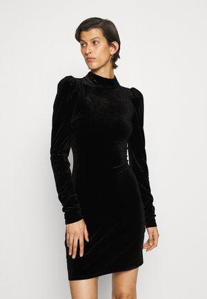 PUFF FITTED SLEEVE HIGH NECK CUT OUT BACK MINI DRESS - Juhlamekko - black velvet