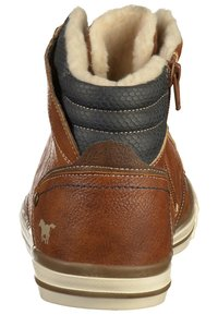 Mustang - High-top trainers - chestnut - 3