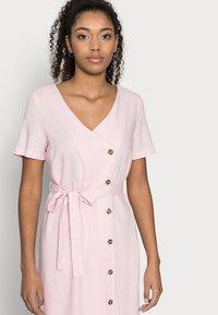 Vero Moda Petite - VMASTIMILO SHIRT DRESS - Day dress - roseate spoonbill - 3