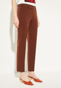 comma - REGULAR FIT - Trousers - dark red velvet - 0