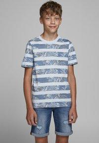 Jack & Jones Junior - Print T-shirt - soul blue - 1