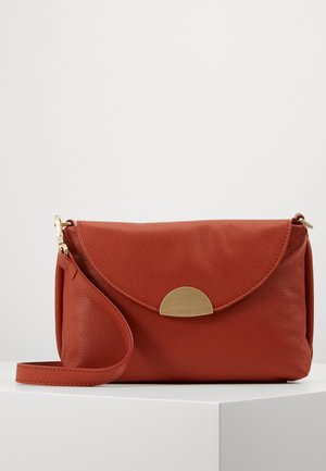 PIPPA CROSS SHOULDER - Handbag - rust