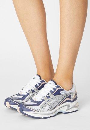 GEL PRELEUS - Sneakers basse - white/pure silver