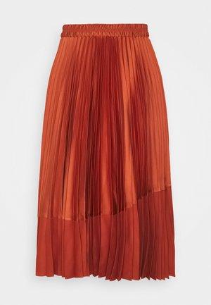 PLEATED CURVE SEAM - A-snit nederdel/ A-formede nederdele - orange