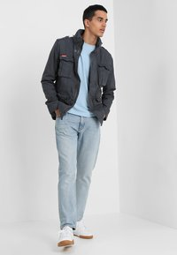 Superdry - CLASSIC ROOKIE MILITARY JACKET - Summer jacket - carbon grey - 1